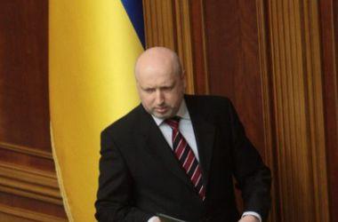 Турчинов предлагает отказаться от импорта российского оружия и перейти на стандарты НАТО