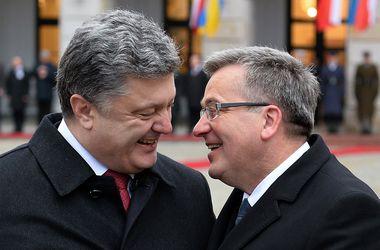 Польша подписала ряд документов с Украиной и утвердила ассоциацию с ЕС