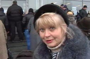 Блокирование Гуманитарного рейса Рината Ахметова – это самоуправство - жительница Донецка