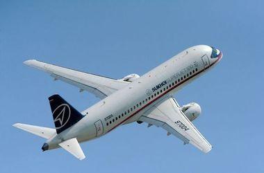 Украина ввела санкции против почти 30 авиакомпаний за полеты в Крым