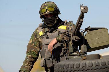 """В Донбассе боевики ведут """"беспокоящий"""" беспорядочный огонь"""