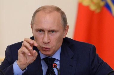Путин: Конфликт в Донбассе надо решать только мирным путем