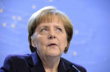 Военная помощь Украине на саммите не обсуждалась - Меркель