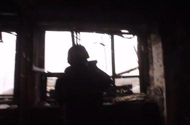 """Боевики показали, откуда ведут обстрел по """"киборгам"""" в Донецком аэропорту"""