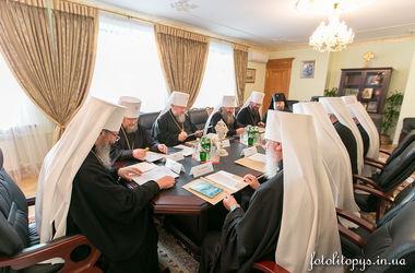 Священный Синод рассказал Порошенко, что делает УПЦ для преодоления кризиса в Украине