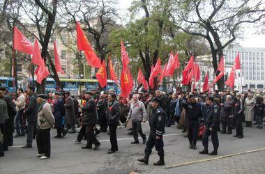 Двух депутатов-коммунистов обвиняют в терроризме