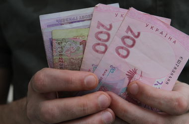 Киеврада выделила дополнительные деньги для участников военных действий на Донбассе