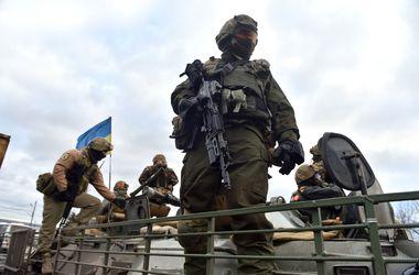 Военнослужащие ВСУ продолжают удерживать позиции на Донбассе