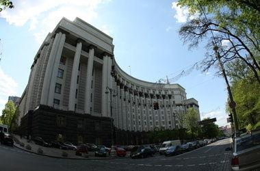 Яценюк назначил дежурных в Кабмине на праздники