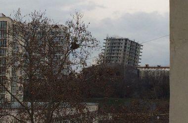 В Севастополе безуспешно пытаются взорвать недостроенную 16-этажку (дополнено)