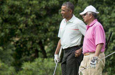 Премьер Малайзии прервал отпуск из-за критики за игру в гольф с Обамой