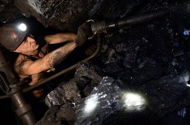 В Луцке возмущенные шахтеры перекрыли трассу Ковель – Жовква