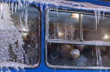 Погодный коллапс в Одесской области: сотни людей застряли в снежных заносах