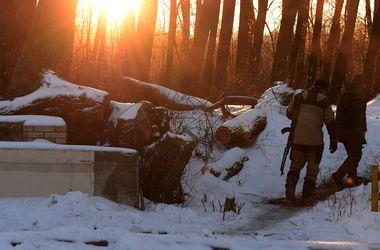Новый год - новые смерти: в Донбассе погиб один и ранены 5 украинских военных