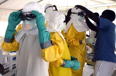 Состояние заразившейся Эболой британской медсестры резко ухудшилось
