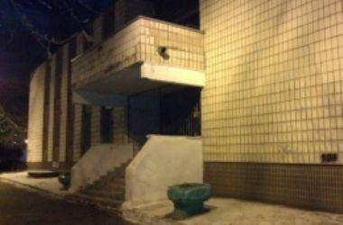 В Киеве загорелось здание ЖЭКа