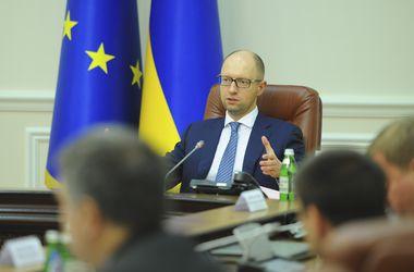Яценюк в Берлине будет говорить о реформах в Украине и ситуации на Донбассе 07.01.2015