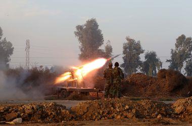 """Из-за нападения боевиков """"Исламского государства"""" погибли мирные жители"""