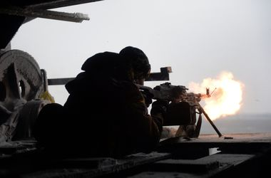 Украинские военные отбили атаку боевиков на блокпост в Луганской области 8.01.2015
