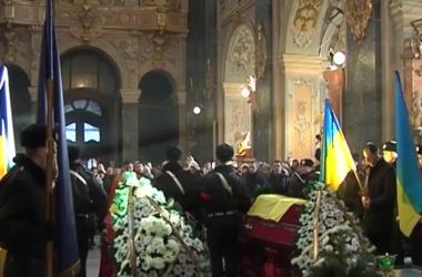 Во Львове попрощались с бойцами Нацгвардии, погибшими в кровавом ДТП под Артемовском