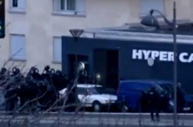 Штурм магазина кошерных продуктов в Париже