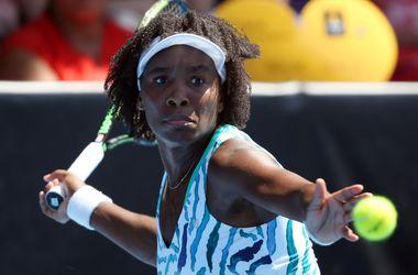 Венус Уильямс обыграла Возняцки в финале турнира в Окленде