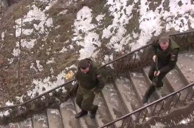 В Армении ищут российского солдата, подозреваемого в расстреле семьи с детьми