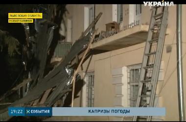 Жители разных регионов Украины испытывают на себе все капризы непогоды