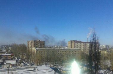 Обстановка в Донецьку: залпи, руйнування і загиблі жителі