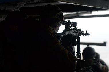 Військові в Донецькому аеропорту забезпечені боєприпасами - Генштаб