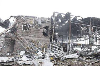 Кінець ультиматуму: бойовики потужно обстрілюють Донецький аеропорт