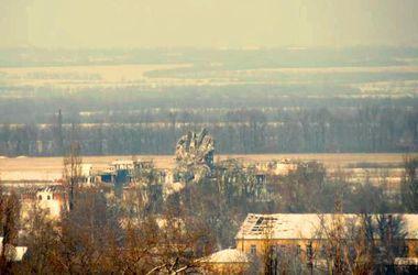 Пекло в Донецькому аеропорту: версії подій від депутатів