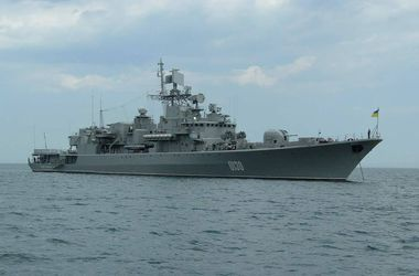 Американский эсминец и украинский фрегат провели учения в Черном море