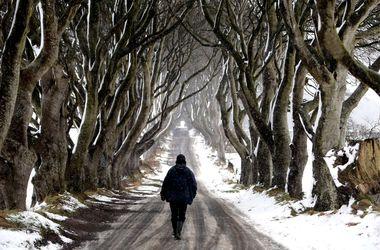 На Великобританию обрушился сильнейший снегопад с торнадо