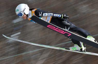 Летающие лыжницы не могут завершить первый этап Кубка мира из-за сильного ветра