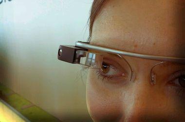 Google Glass заморозили: цена высока, а технология  устарела