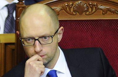 """Яценюк: """"Верха"""" хотят реформ, а """"низы"""" сопротивляются"""