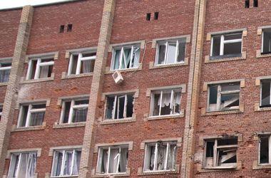 Боевики обстреляли город Счастье: повреждено 30 квартир, есть пострадавшие