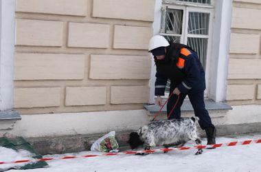 Из вокзала в Харьковской области эвакуировали десятки людей