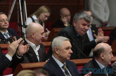 Депутаты Киеврады будут публиковать в интернете свои декларации о доходах