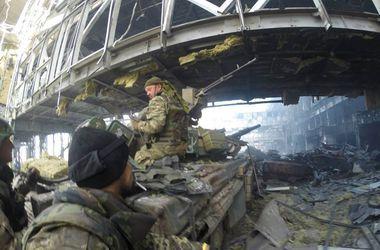 Порошенко решил приставить защитников Донецкого аэропорта к наградам