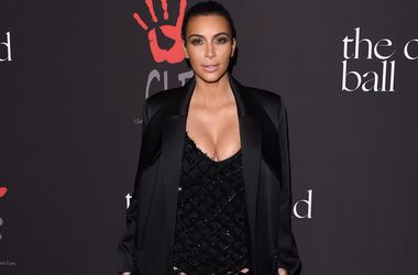 Ким Кардашьян рассказала, почему редко улыбается