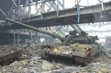 """""""Киборги"""" уничножили более 20 боевиков в Донецком аэропорту - Бирюков"""
