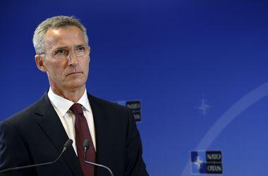 Генсек НАТО призывает Россию прекратить поддержку сепаратистов на востоке Украины