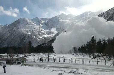 Во Французских Альпах при сходе лавины погибли 6 человек