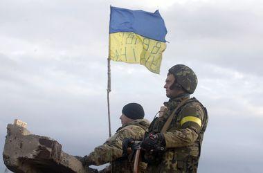 За последние сутки погибли 7 военных, 24 - ранены - Селезнев