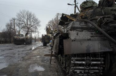 """Боевики обстреляли """"Градами"""" Попасную и Счастье, есть погибшие и раненые"""