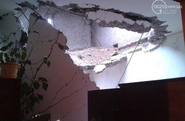 В Донецке снаряд попал в 9-этажку: люди остались без крыши над головой
