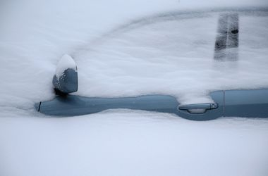 Нью-Йорк потерял 200 млн долларов из-за снежной бури