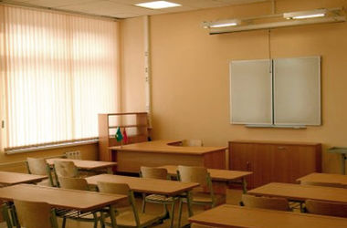 Во Львове усилили охрану школ